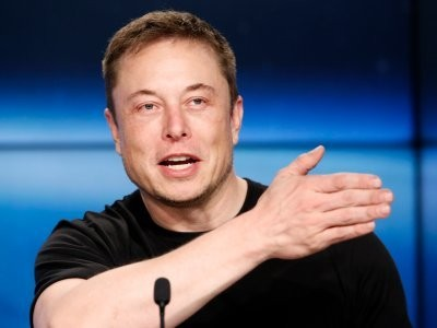 These are 9 strict workplace rules Elon Musk makes his Tesla employees follow