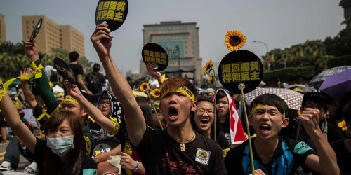 Over 100,000 People In Taiwan Protest A Controversial China Trade Deal