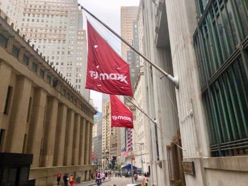 TJ Maxx vs. Saks Off 5th: Which discount store is better?