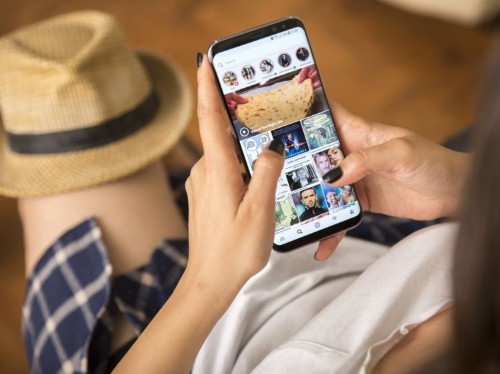 How to clear the Instagram cache on your iPhone to free up storage space