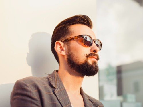 How to properly shape your beard
