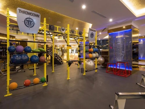 People in Asia are paying $24,000 a year to work out at these lavish gyms — here's what they look like inside