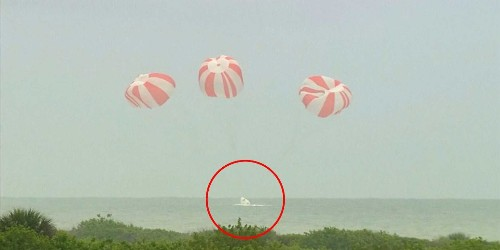 Watch the successful test of the SpaceX Dragon spacecraft