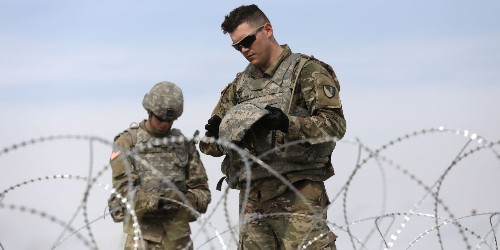 Up to 5,500 US troops will keep deploying to the southwest border through September 2020 - Business Insider