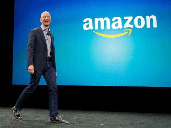 Amazon's new grocery store proves the $350 billion company acts more like a giant startup - Business Insider