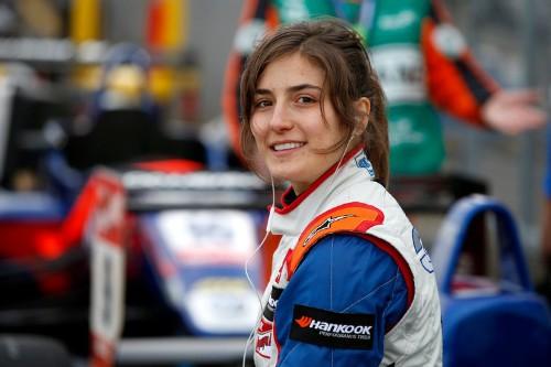 Formula 1 hopeful Tatiana Calderon: 'People expect less' from women
