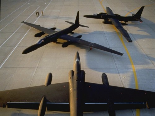 Here's the insane process the government uses to maintain its spy planes
