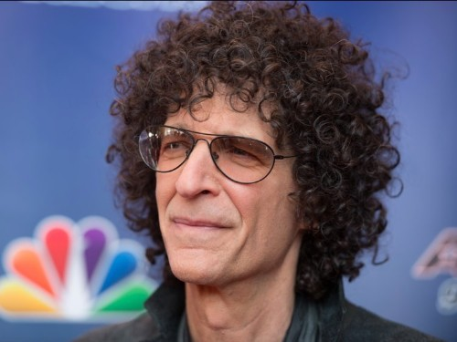Howard Stern says replaying his old vulgar interviews with Donald Trump would be a 'betrayal'