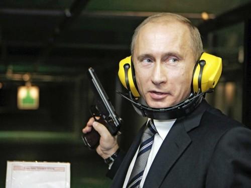 18 photos that show Vladimir Putin doesn't mess around