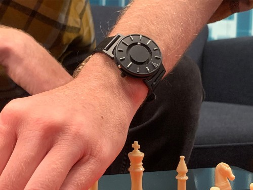 Review: Eone makes a high-quality Braille watch for those who are blind - Business Insider