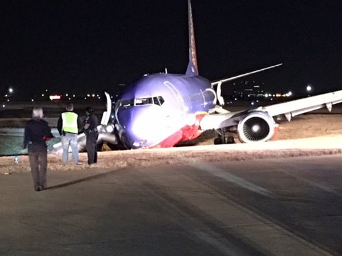 8 people were injured after a Southwest Airlines plane skidded off the runway in Nashville