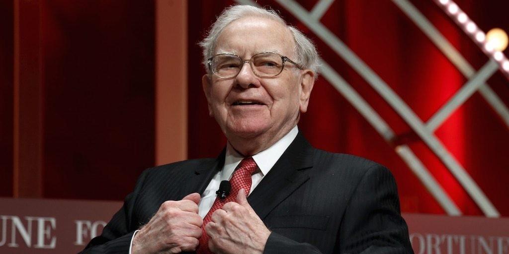 Warren Buffett's Berkshire Hathaway sold nearly $390 million worth of Delta and Southwest shares this week | Markets Insider
