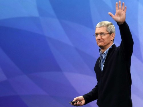 How Tim Cook implants Apple's culture into new employees