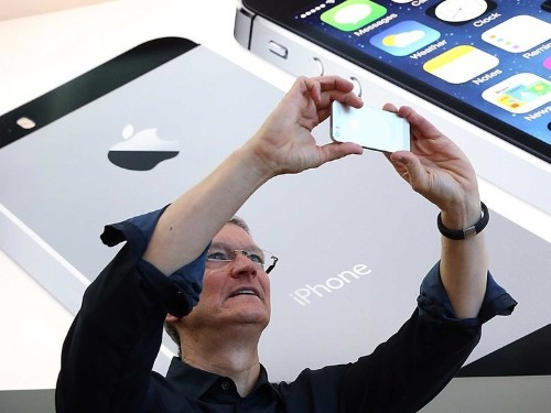 An incredibly significant group of consumers is NOT buying iPhone 6