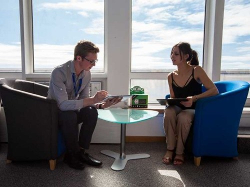 Boston Consulting Group executive says the best managers practice these 5 habits