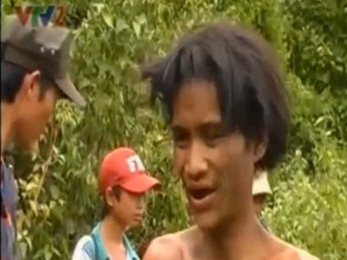 Father And Son Who Fled Vietnam War Bombs Emerge From Jungle After 40 Years