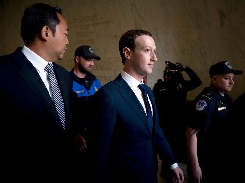 Mark Zuckerberg defends dinners with Tucker Carlson and Lindsay Graham - Business Insider
