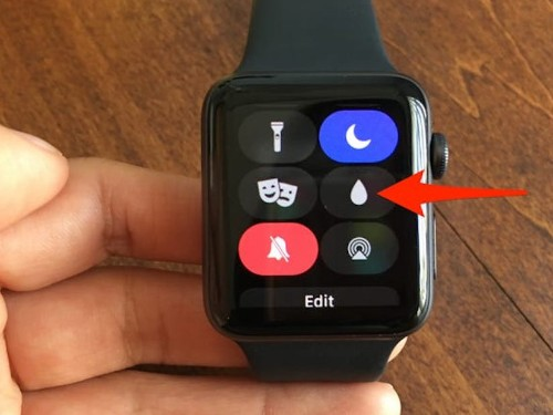 What the water drop is on an Apple Watch, and how to turn it off - Business Insider