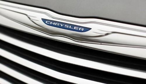 Fiat Chrysler's U.S. unit redeems bonds due 2019
