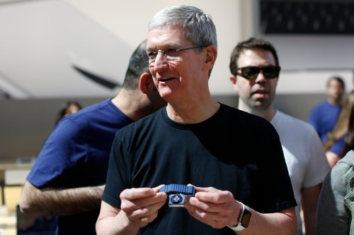 Tim Cook wears a unique Apple Watch that nobody else can buy