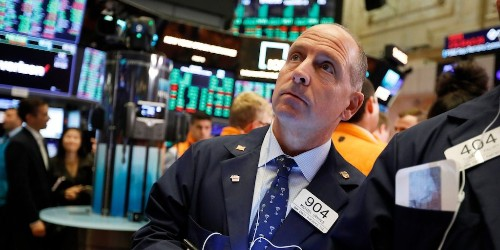 Stocks close mixed amid upbeat US manufacturing activity