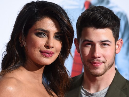 Priyanka Chopra gave Nick Jonas a pep talk before he appeared on 'Hot Ones' and told him... - Business Insider