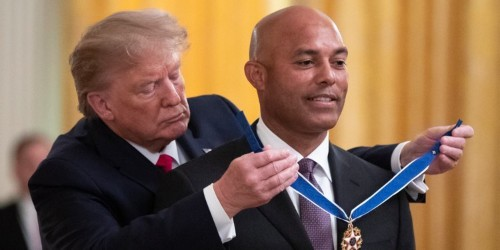 VIDEO: Trump walks out to 'Enter Sandman' to present Medal of Freedom
