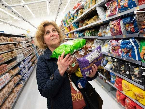 Walmart, Target impact from Trump food-stamp changes - Business Insider