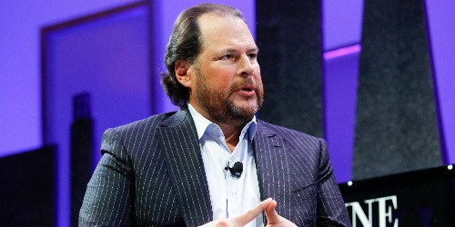 Marc Benioff wanted to buy Twitter until he experienced an 'omen' - Business Insider