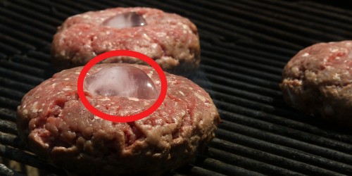 'Top Chef' judge Graham Elliot has a bizarre ingredient for making the perfect big, juicy burger