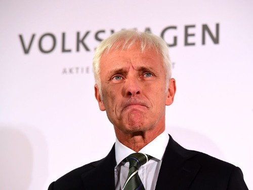 CREDIT SUISSE: The emission scandal could cost Volkswagen €78 billion and shares need to fall another 20%