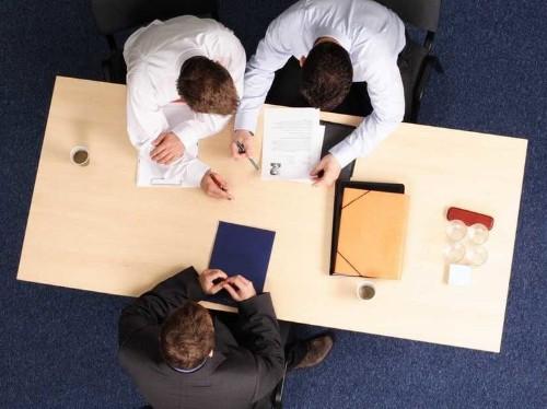 7 Psychological Tricks For Winning A Negotiation