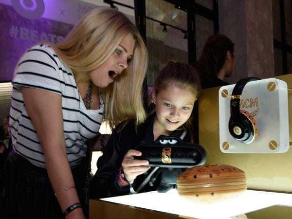 Apple supplier Cirrus Audio on iPhone 7 headphone jack - Business Insider