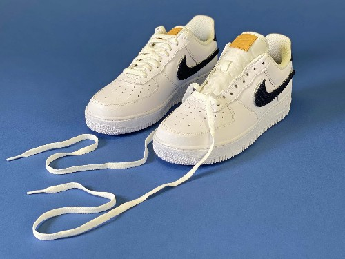 How to lace up sneakers 3 different ways: step-by-step guide