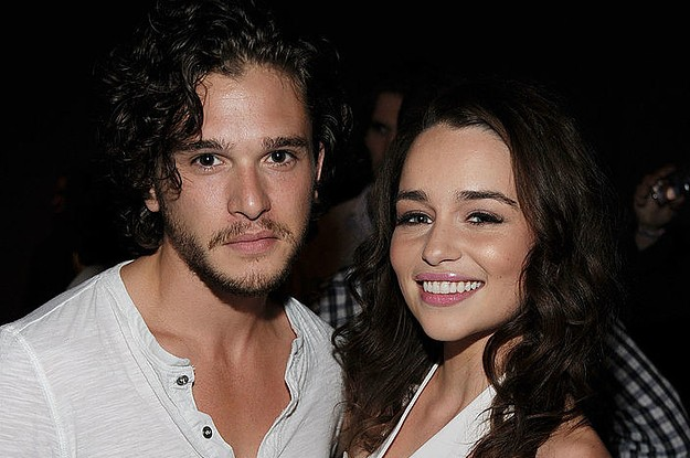 "23 Throwback Cast Photos From ""Game Of Thrones"" That You Need To See"