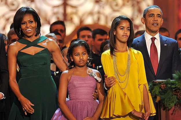 Malia And Sasha Obama Look So Grown Up In This Thanksgiving Picture Michelle Obama Posted