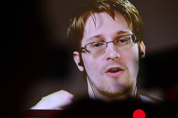 Edward Snowden Tweeted Support For A Journalist Who Exposed A Breach In India's Controversial Biometric Program