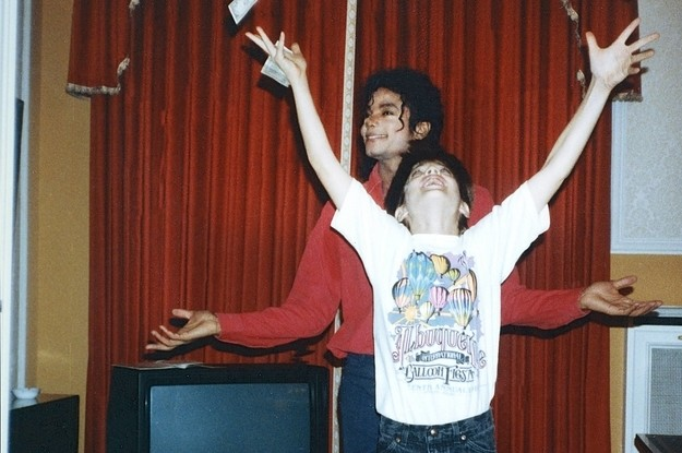 """""""Leaving Neverland"""" Reveals The Monster We Didn't Want To See In Michael Jackson"""