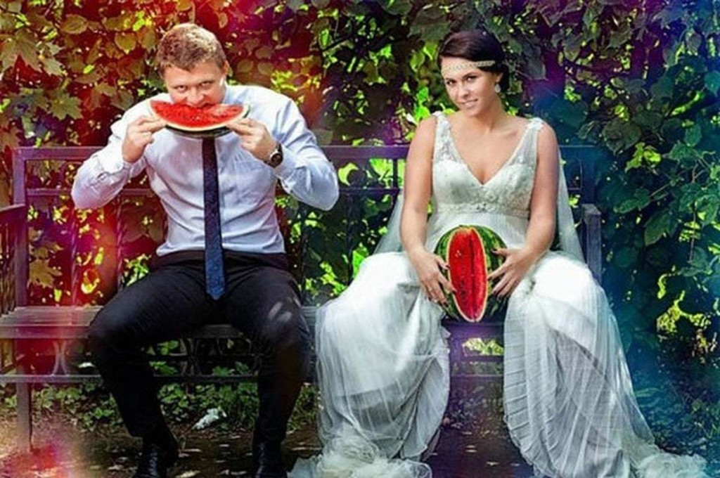 Top 10 Amazing Wedding Photos You Can't Unsee Before