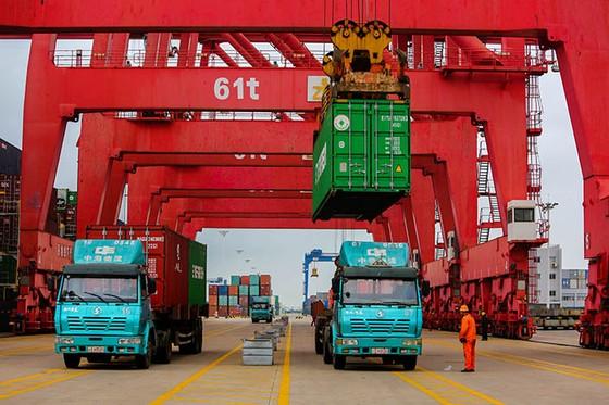 China's Uber-Like Truck Platform Raises $1.7 Billion for Business Expansion