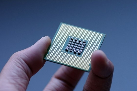 China Aims to Shake U.S. Grip on Chip Design Tools
