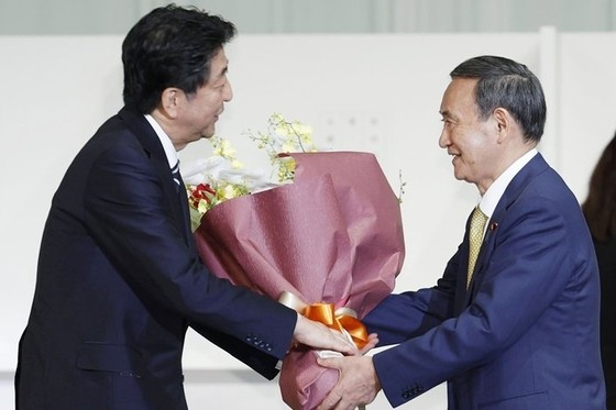 New Japanese Prime Minister to Stick With Abe's Approach to China