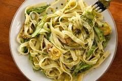 Discover pesto pasta