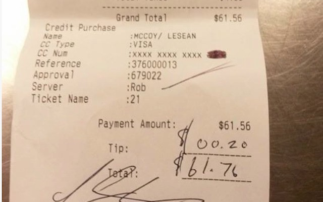 Charlie Sheen giving $1K to waiter who got 20-cents from LeSean McCoy