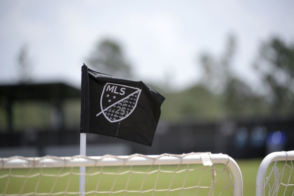 MLS postpones Toronto-DC United match after positive COVID-19 test