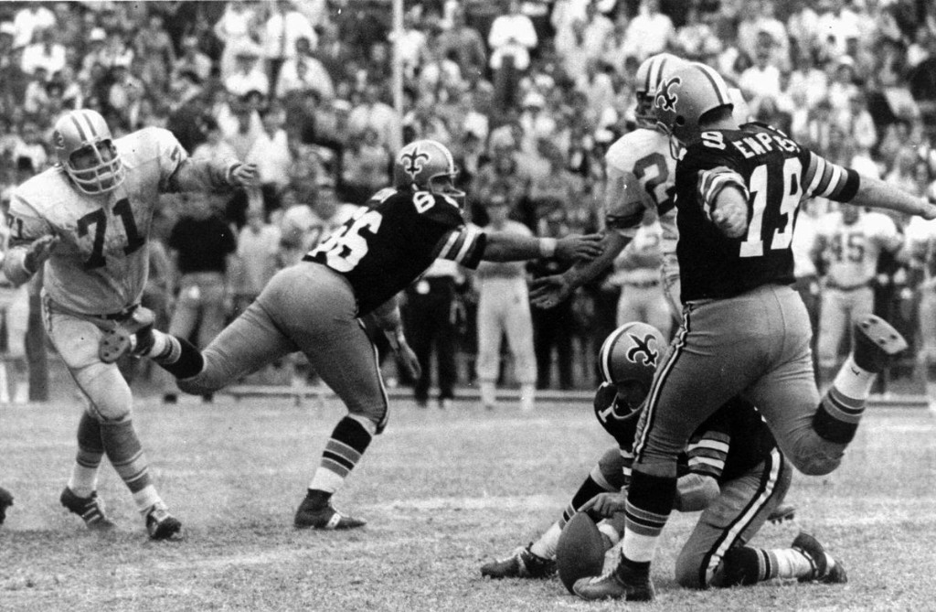 Tom Dempsey, former New Orleans Saints kicker, dies at 73 after coronavirus complications