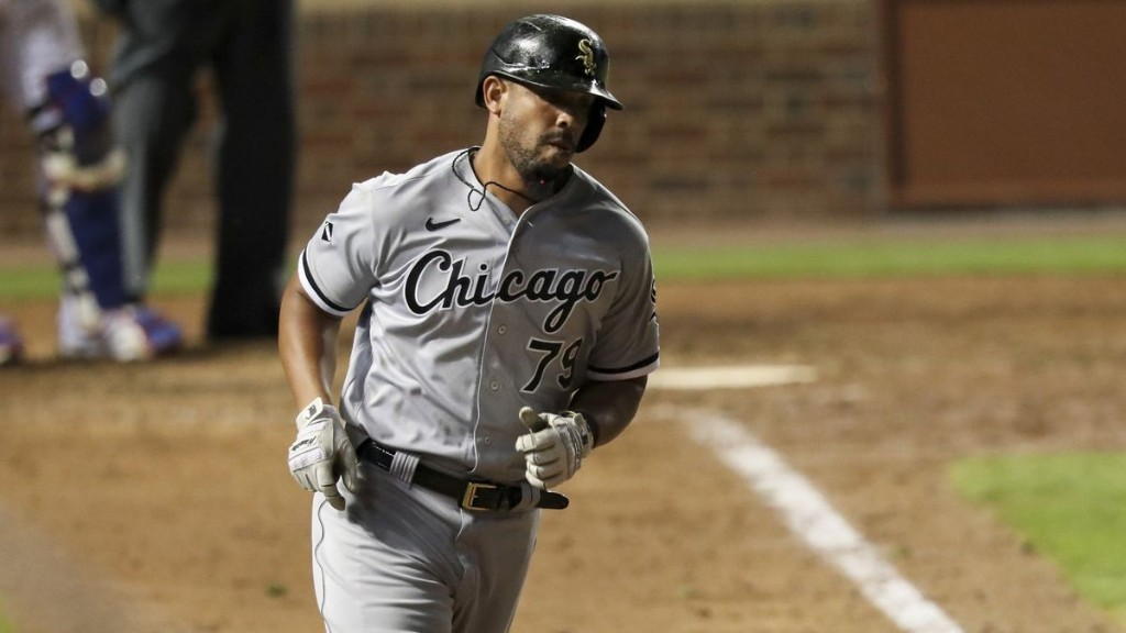 Jose Abreu wins the American League Outstanding Player award, becoming only the 3rd Chicago White Sox player to earn the honor