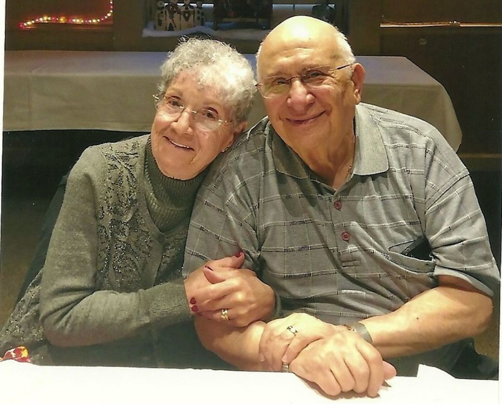 'They are the best examples of how to love, how to live': Tinley Park couple celebrate 70th anniversary