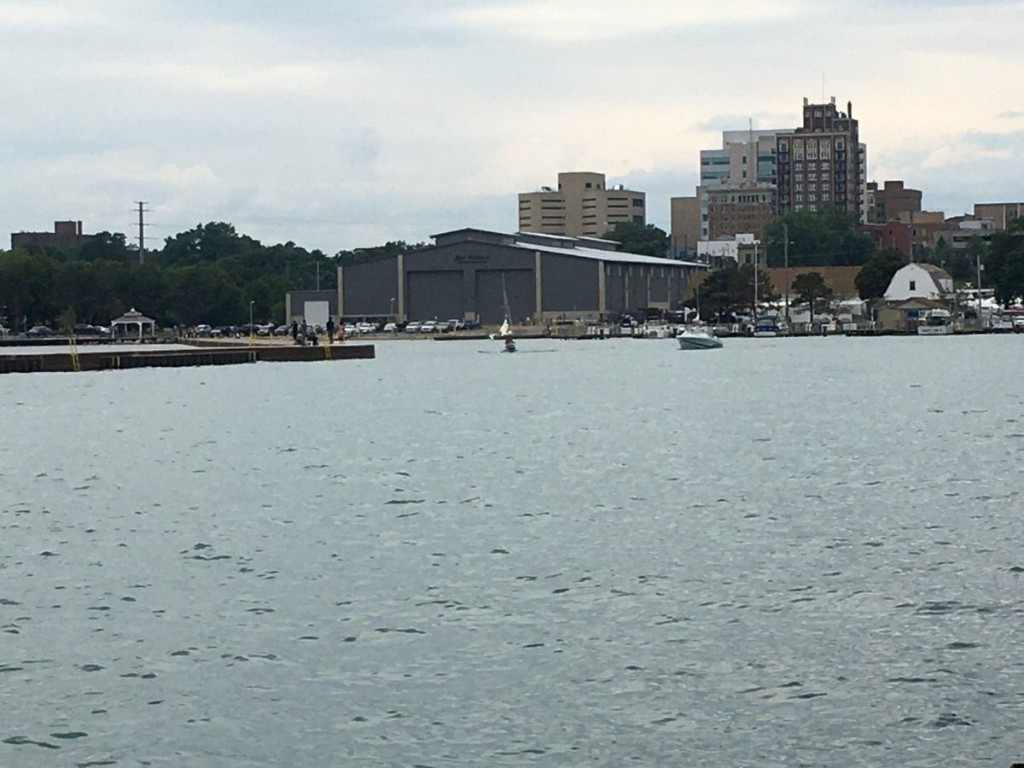 Sand dredged from Waukegan Harbor to be used to replenish four area beaches