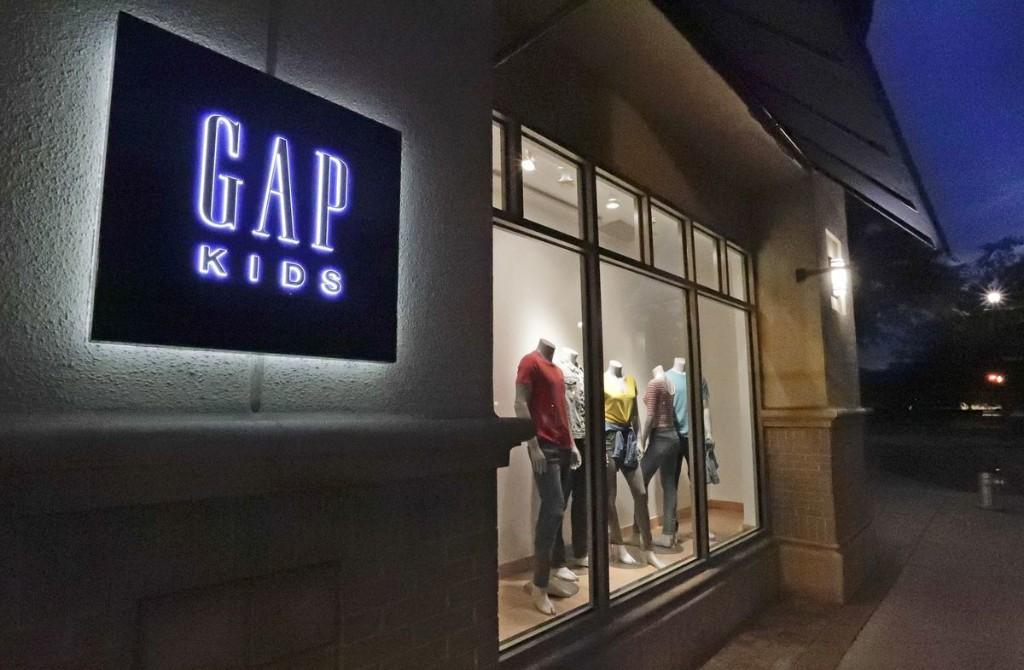 Mall owner sues Gap for rent on coronavirus-shuttered stores